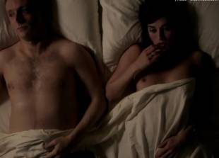 lizzy caplan topless for pillow talk on masters of sex 5890 2