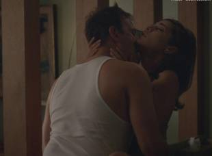 lizzy caplan topless sex scene on masters of sex 5187 19