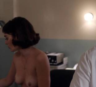 lizzy caplan topless to be monitored on masters of sex 6487 1