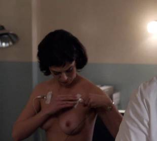 lizzy caplan topless to be monitored on masters of sex 6487 10