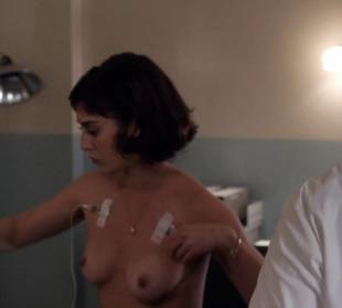 lizzy caplan topless to be monitored on masters of sex 6487 12