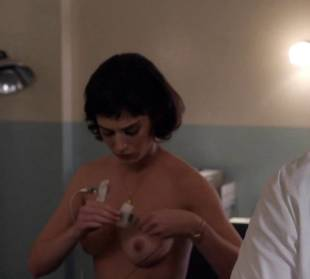 lizzy caplan topless to be monitored on masters of sex 6487 9