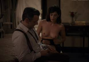 lizzy caplan topless to make you beg on masters of sex 0985 34