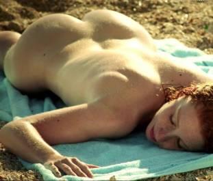 lola naymark nude full frontal in au fil d ariane 3543 25
