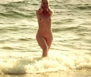 lola naymark nude full frontal in au fil d ariane 3543 5