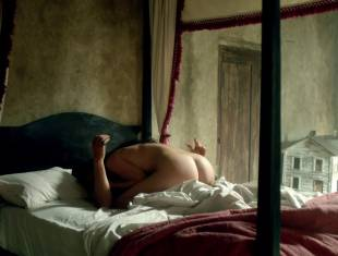 louise barnes nude sex scene from black sails 1667 14
