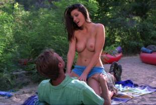 louise cliffe topless for air from wrong turn 3 1057 18