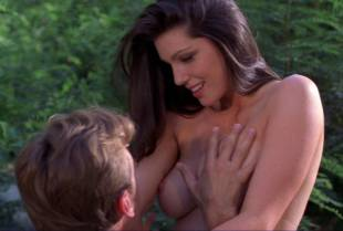 louise cliffe topless for air from wrong turn 3 1057 21