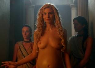 lucy lawless and viva bianca topless in the bath on spartacus 9639 5