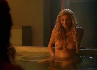 lucy lawless and viva bianca topless in the bath on spartacus 9639 9