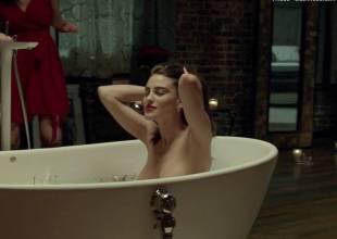 luisa moraes nude in solace 9811 32