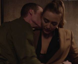 madeline zima nude in twin peaks return 7683 1
