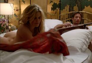 maggie grace ass bared in pillow talk on californication 9780 15