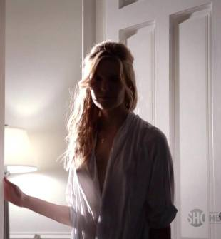 maggie grace breasts peek out on californication 5886 4
