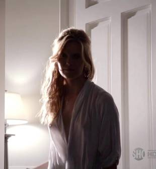 maggie grace breasts peek out on californication 5886 6