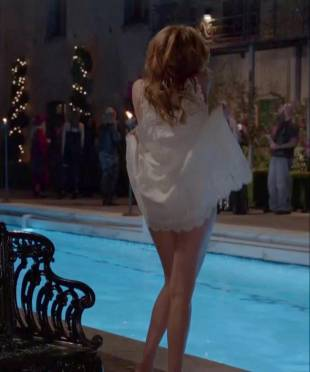 maggie grace nude ass bared for dip in pool on californication 5431 1