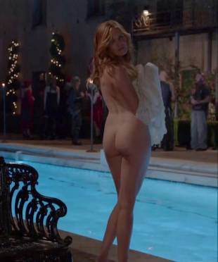 maggie grace nude ass bared for dip in pool on californication 5431 10