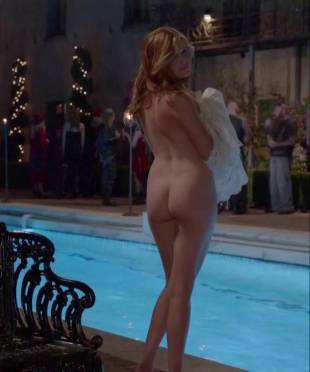 maggie grace nude ass bared for dip in pool on californication 5431 9