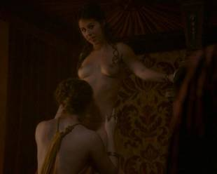 maisie dee nude to get spanked on thrones 5902 6