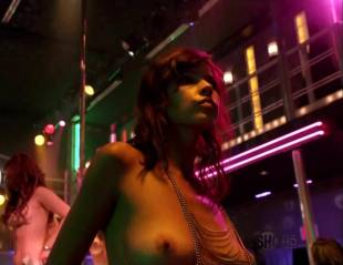 maria zyrianova topless for a dance on dexter 7602 13