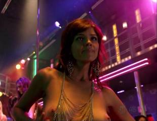 maria zyrianova topless for a dance on dexter 7602 6