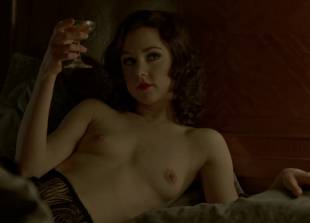 meg chambers steedle topless in bed on boardwalk empire 3372 2