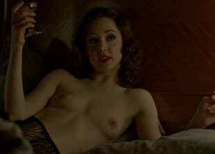 meg chambers steedle topless in bed on boardwalk empire 3372 7