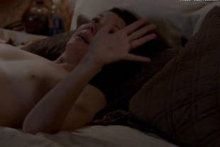 melanie lynskey nude in bed on togetherness 1140 28