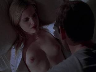 mena suvari topless for her first time in american beauty 6855 6