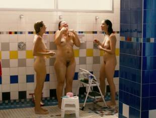 michelle williams jennifer podemski sarah silverman nude shower 8613 2