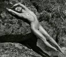 milla jovovich nude with natasha poly edita vilkeviciute for pirelli 4865 1