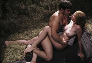 miriam giovanelli nude for barn sex scene in dracula 0243 18