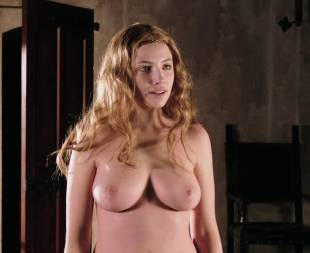 miriam giovanelli topless breasts will make you like her in dracula 3186 12