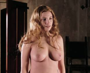 miriam giovanelli topless breasts will make you like her in dracula 3186 13