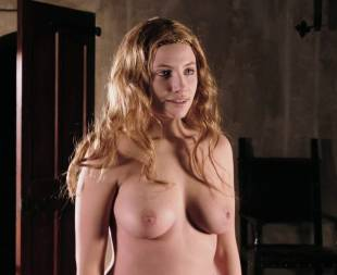 miriam giovanelli topless breasts will make you like her in dracula 3186 14