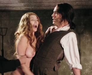 miriam giovanelli topless breasts will make you like her in dracula 3186 17