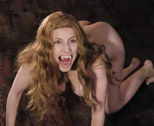 miriam giovanelli topless breasts will make you like her in dracula 3186 18
