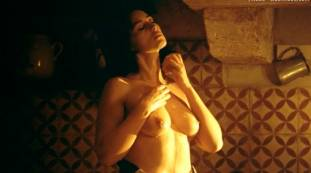 monica bellucci nude top to bottom in malena 9240 18