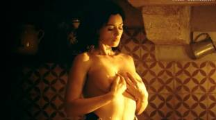 monica bellucci nude top to bottom in malena 9240 21