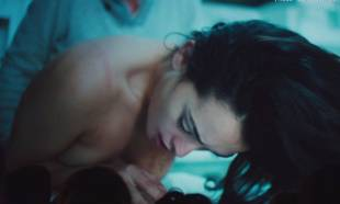 natalie martinez nude in broken city 9262 14