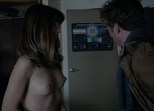nichole bloom topless before class on shameless 5940 10