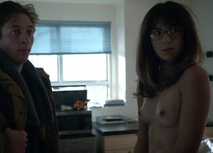 nichole bloom topless before class on shameless 5940 16