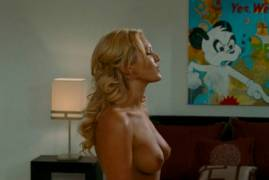 nicky whelan topless breasts seduce in hall pass 2227 10