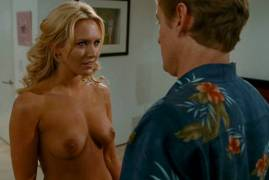 nicky whelan topless breasts seduce in hall pass 2227 13