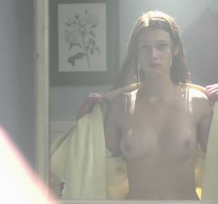 nicole fox topless in the bathroom mirror in ashley 2079 6