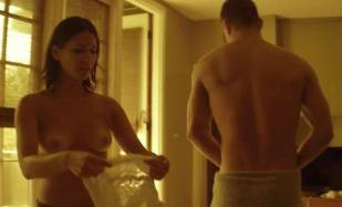 olivia munn topless adds the magic in magic mike 8094 9