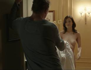 olivia wilde nude to run in the halls in third person 4660 10