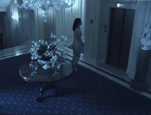 olivia wilde nude to run in the halls in third person 4660 26