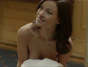 olivia wilde nude to run in the halls in third person 4660 7