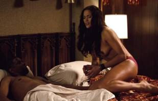 paula patton topless in 2 guns 6208 12